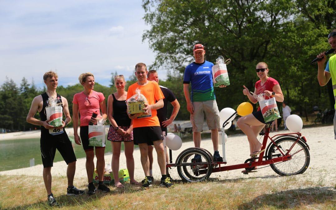 Zomerse omstandigheden Triatfun Schoonloo, dank aan deelnemers en vrijwilligers.
