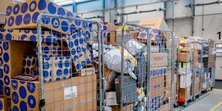 Politie waarschuwt voor pakketbezorgers die voor 1 euro naleveren